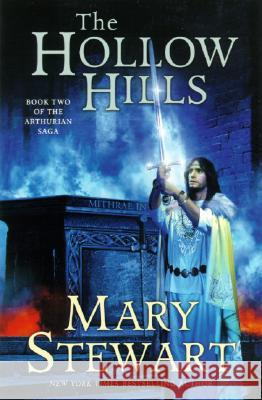 The Hollow Hills Mary Stewart 9780060548261