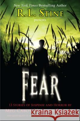 Fear: 13 Stories of Suspense and Horror International Thril Writer 9780142417744