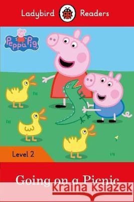 Peppa Pig: Going on a Picnic  9780241262214