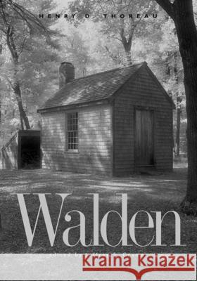 Walden: A Fully Annotated Edition Henry David Thoreau Jeffrey S. Cramer 9780300104660