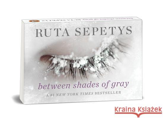 Penguin Minis: Between Shades of Gray Ruta Sepetys 9780593114476 Philomel Books