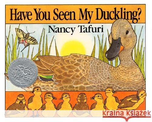 Have You Seen My Duckling? Nancy Tafuri Nancy Tafuri 9780688109943