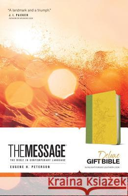Message Deluxe Gift Bible: The Bible in Contemporary Language  9781631465796