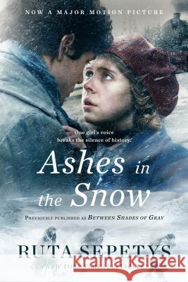 Ashes in the Snow (Movie Tie-In) Ruta Sepetys 9781984836748 Penguin Books