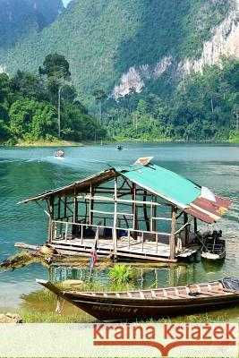 A Beautiful Lake in Khao Sok National Park Thailand Journal: 150 Page Lined Notebook/Diary Cs Creations 9781543222524 Createspace Independent Publishing Platform - książka
